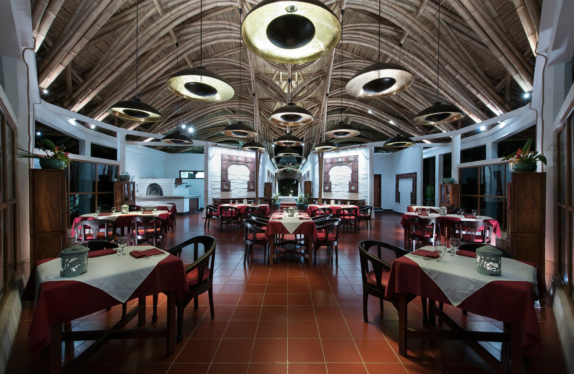 Restaurant Lotus Bungalows Candidasa Bali