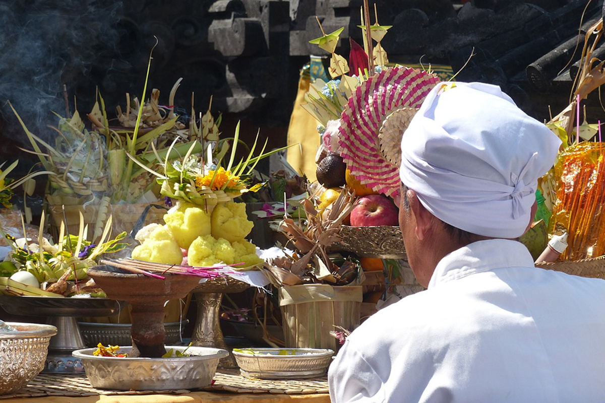 Bali Temple Etiquette_3 East Bali Temples You Must Visit