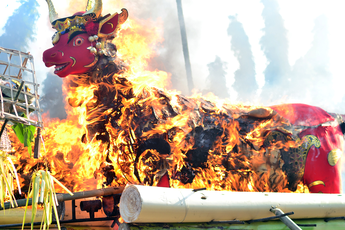 Cremation Ceremony - 5 Balinese Hindu Ceremonies You Should See in Bali
