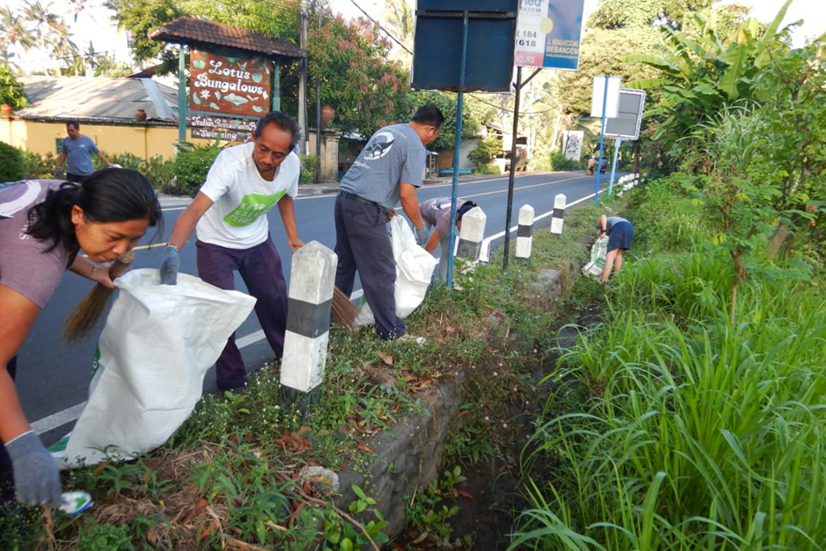 Helping to Clean Up Candidasa Bali