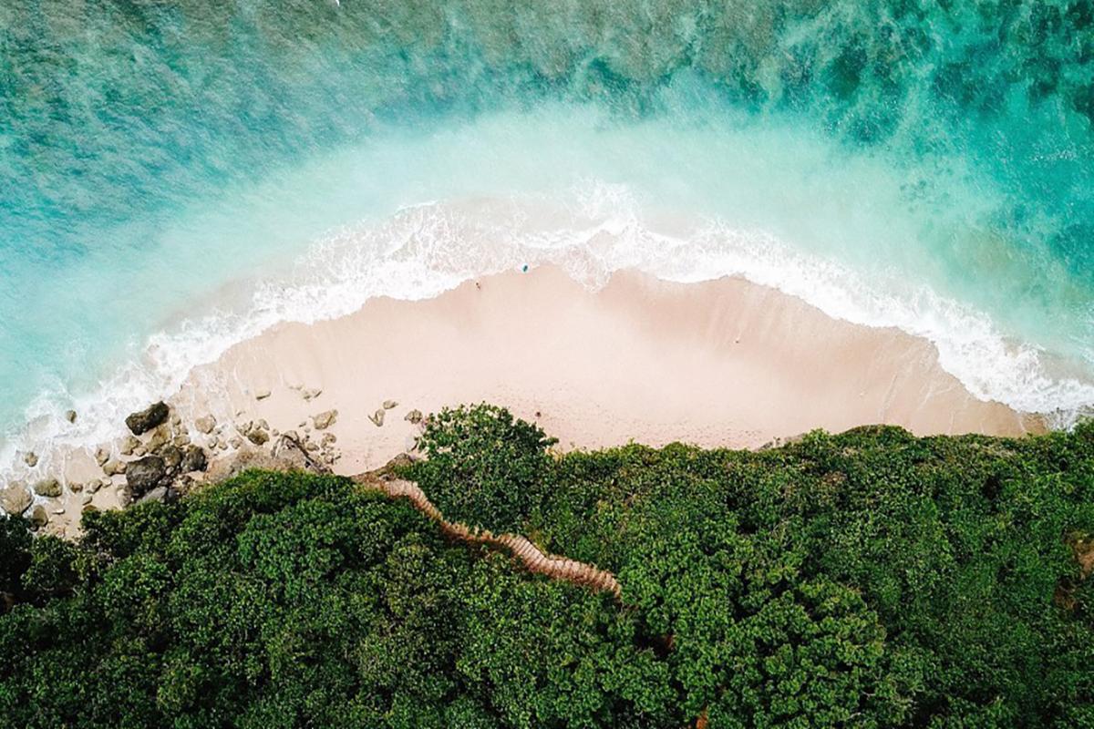 Green Bowl Beach Bukit Peninsula Bali
